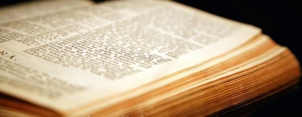 Estudios Bíblicos - EL MÁS GRANDE Y ÚNICO